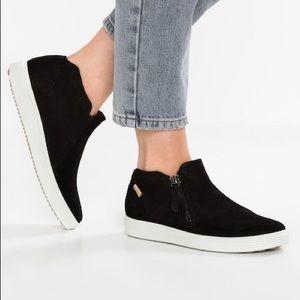 Ecco Soft 7 Side Zip Nubuck Suede Bootie Sneakers